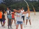 Actividad tiro con arco campamento